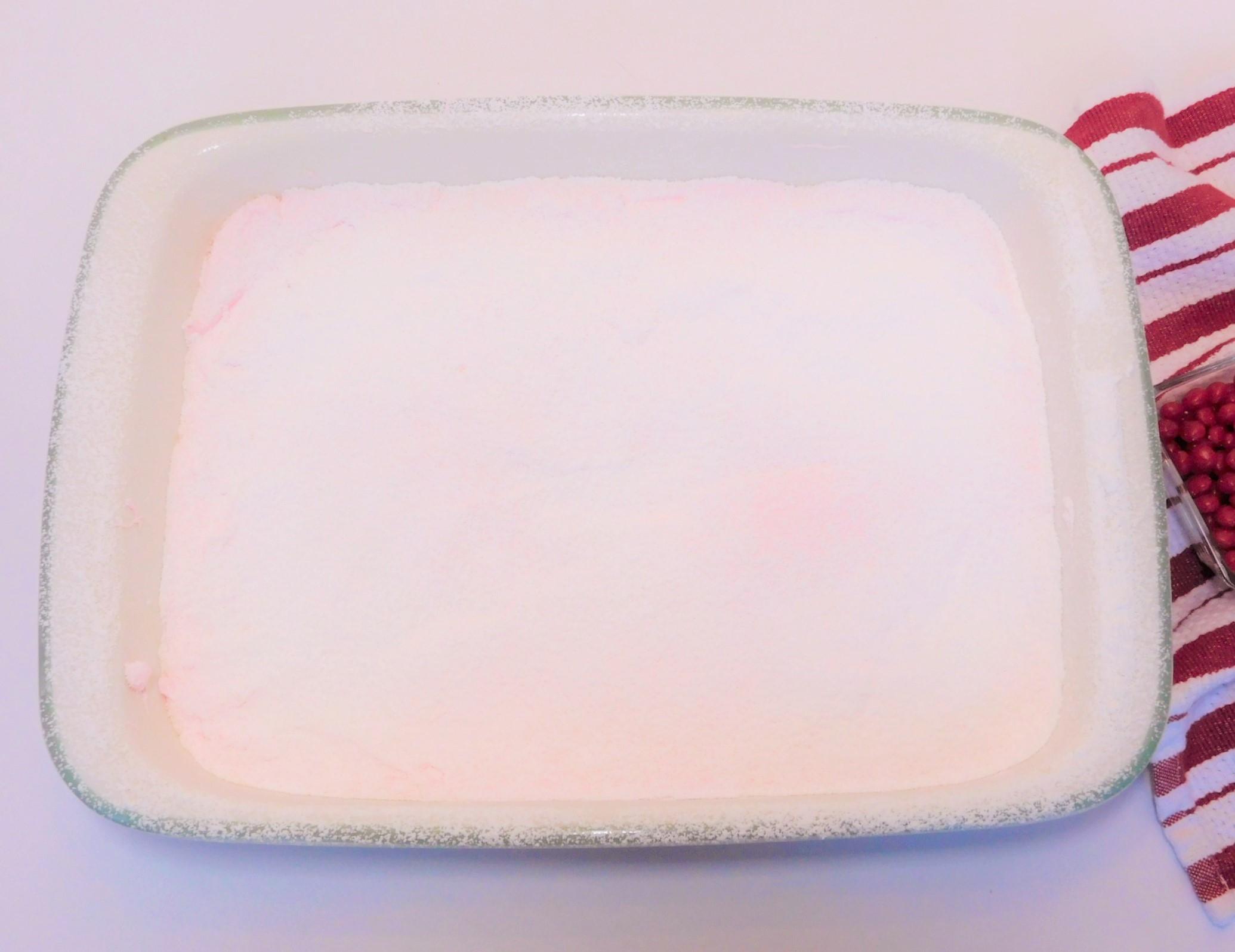 Easy Homemade Marshmallows 01 (2)