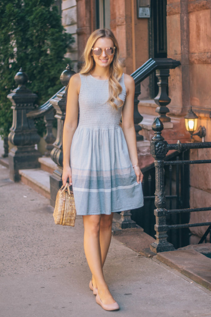 Fashion blogger, Leigha Gardner, of The Lilac Press detailing the qualities of the perfect summer dress.