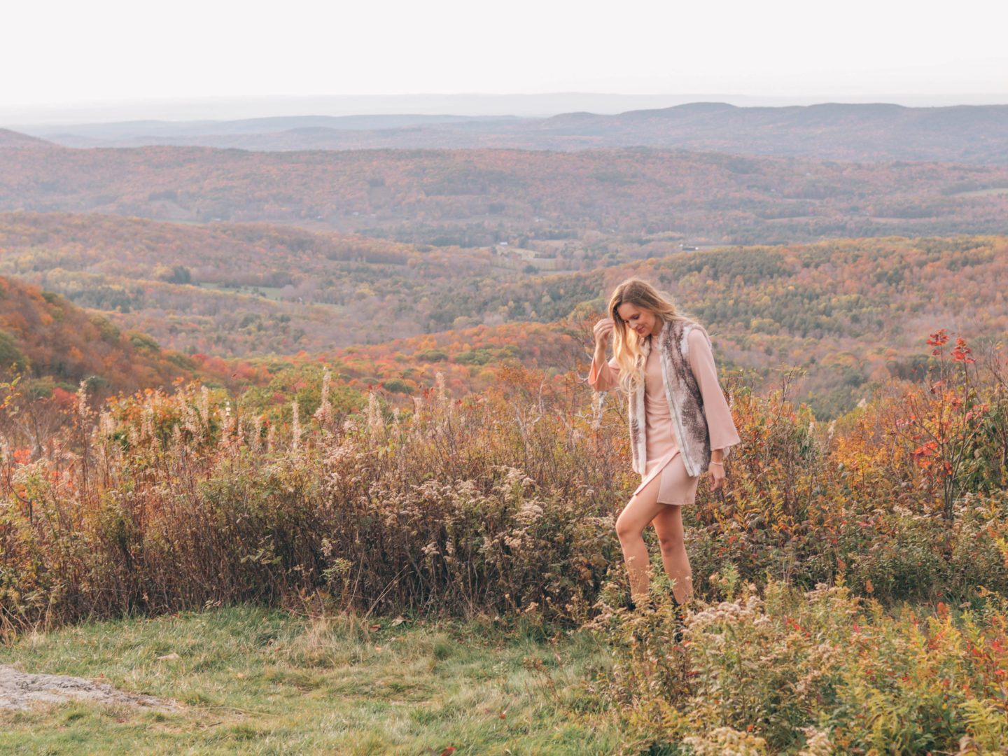 Fashion blogger, Leigha Gardner, of The Lilac Press sharing beautiful Berkshire landscapes and wear faux fur.