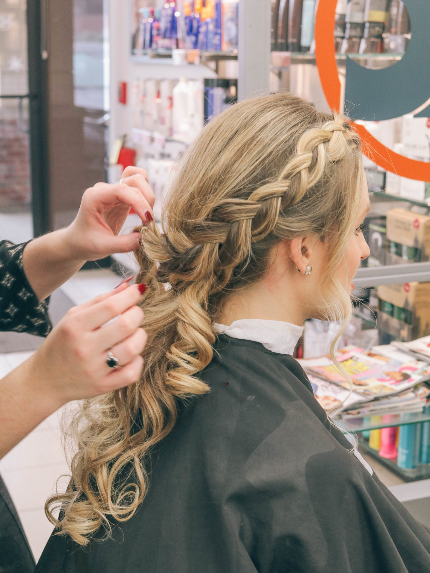 Style and beauty blogger, Leigha Gardner, of The Lilac Press sharing a festive holiday hair tutorial with Hair Cuttery.