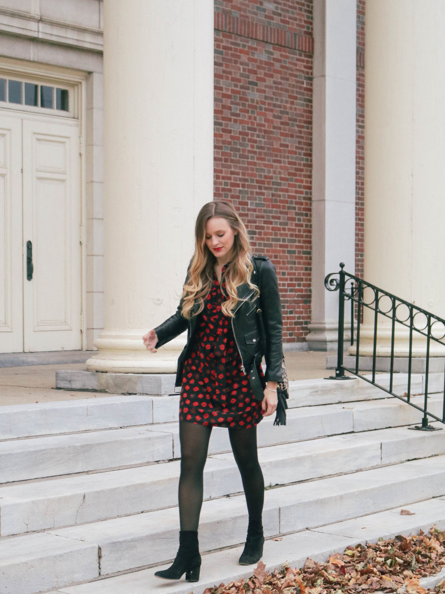 4aae0e980ad0 Style blogger, Leigha Gardner, of The Lilac Press sharing a poppy print by  Kate