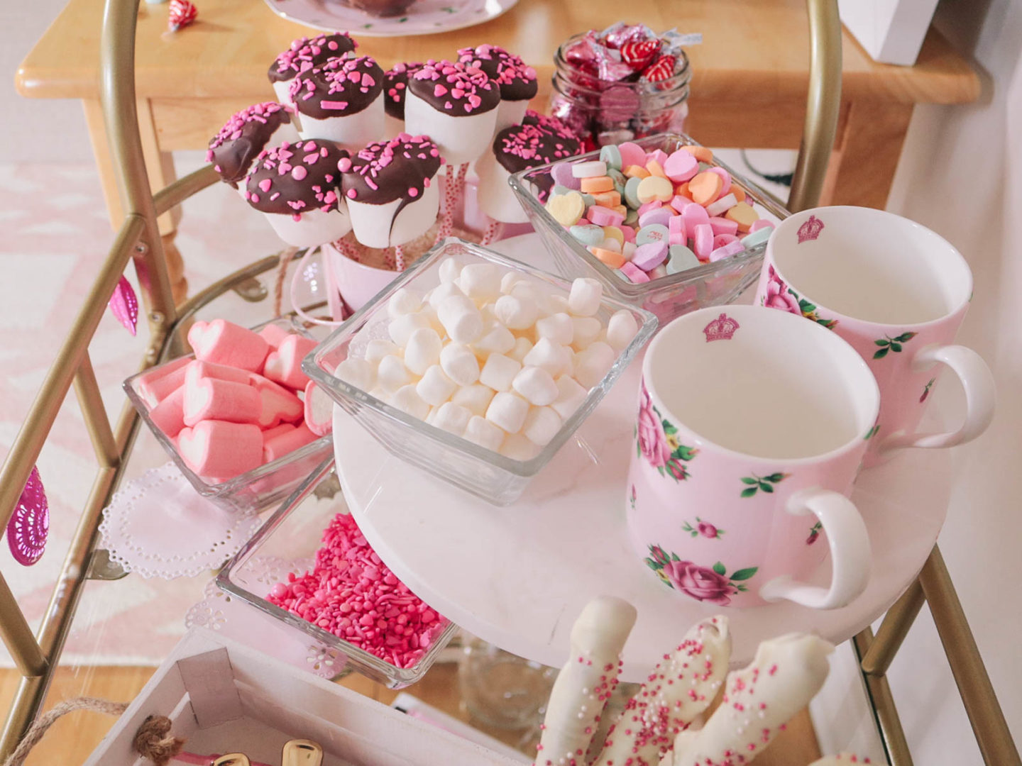 Valentines Day Hot Cocoa Bar